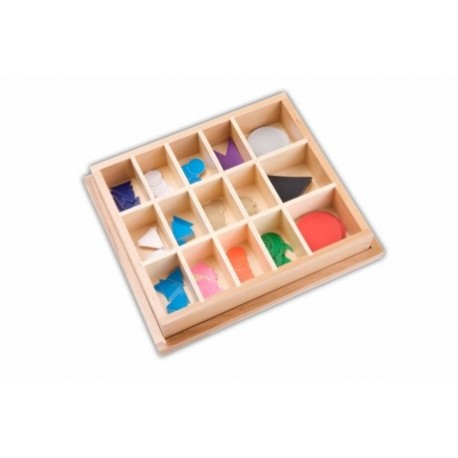 15 Word type symbols in wooden box