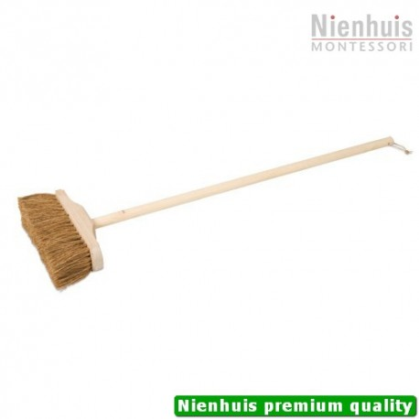 Indoor Broom: Coarse Brown